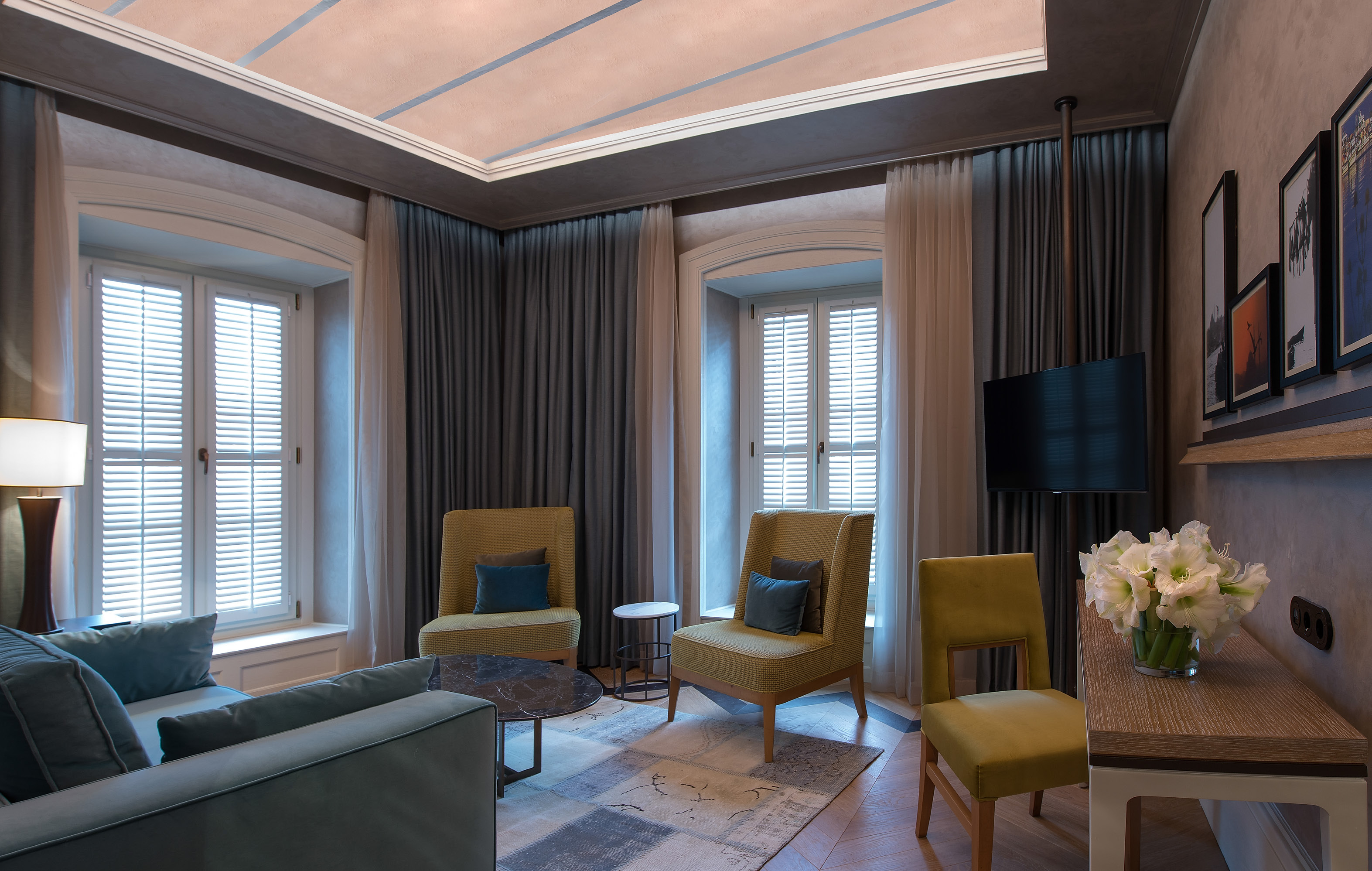 A project where the new is extracted from the old: 10 karakÖy ...