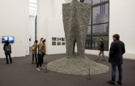 """ROBOTS CREATED """"ROCK PRINT INSTALLATION"""" WITH 3D PRINTERS AT CHICAGO ARCHITECTURE BIENNIAL"""